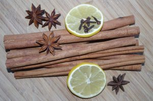 Cinnamon and lemon for Blackheads