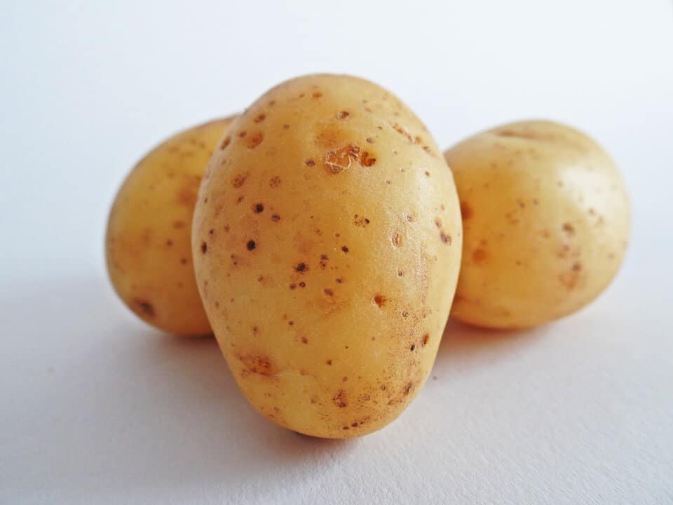 potatoes-for puffy eyes